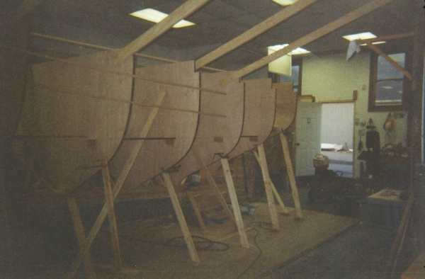 Bracing the molds to the shop floor and to the ceiling